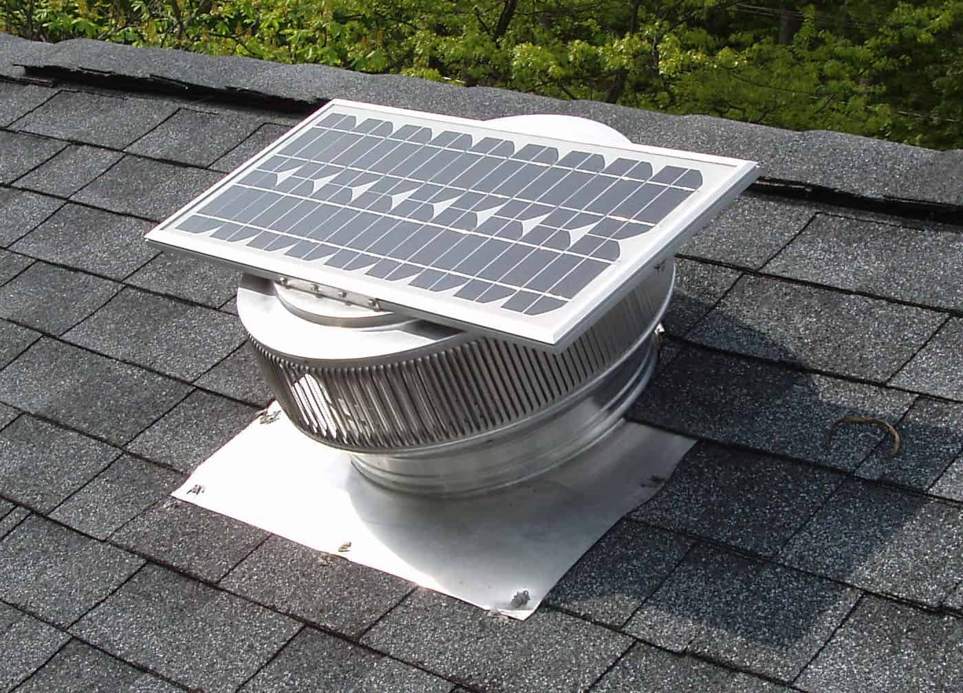 Aura Solar Fan